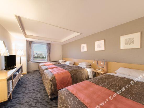 札幌公園飯店(Sapporo Park Hotel)高級四人房