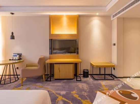 上海智微世紀麗呈酒店(REZEN HOTEL SHANGHAI ZHIWEI CENTURY)度假親子房