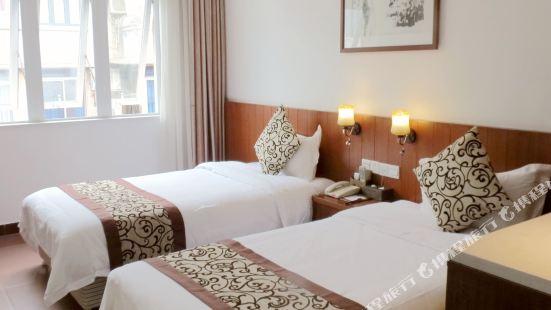 Etan Hotel