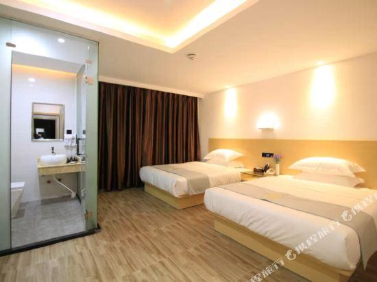 佰曼萊酒店·精選(廣州新白雲國際機場旗艦店)(Baimanlai Hotel Selected (Guangzhou New Baiyun International Airport))行政雙床房