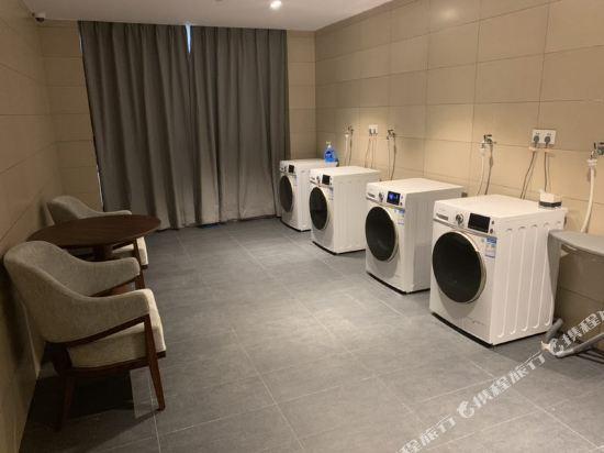 佛山順德美的總部華軒裏酒店(H'ELite Hotel)洗衣服務