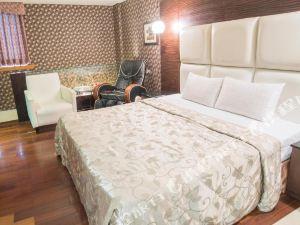 亞歷山大汽車旅館(Alexander Motel)