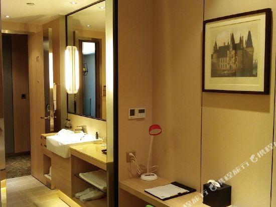中山特高商務酒店(Tegao Business Hotel)小微迷你小床房