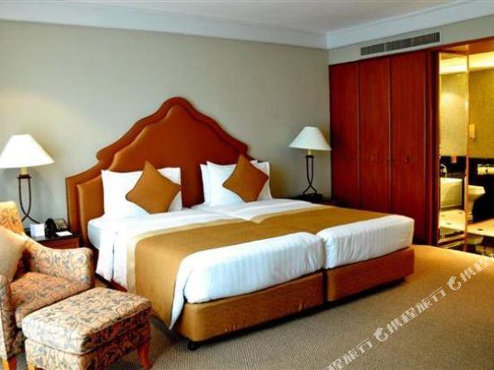 曼谷瑞士奈樂特公園酒店(Swissotel Nai Lert Park Bangkok)瑞士行政套房