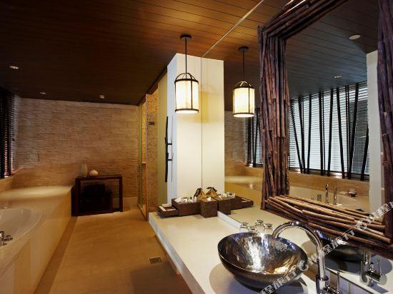 盛泰瀾幻影海灘度假村(Centara Grand Mirage Beach Resort Pattaya)豪華幻影複式套房