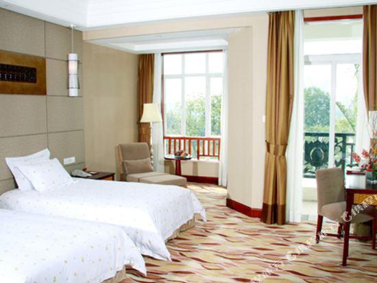 三正半山酒店(東莞橋頭店)(Goodview Hotel (Dongguan Qiaotou))親水區E座商務雙床房