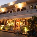 瑯勃拉邦仙女酒店(The Apsara Hotel Luang Prabang)