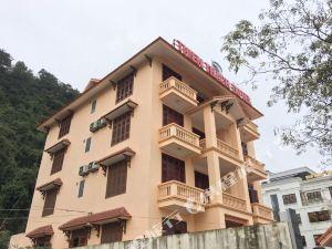 下龍灣添西哈奇酒店(Thien Thach Hotel Halong)