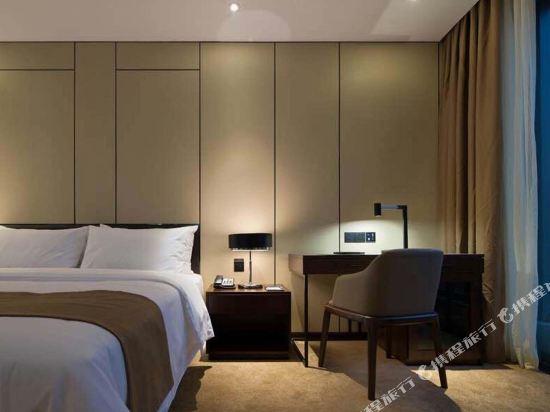中濠精緻酒店(西鄉大道店)(Bbhol Elegant Hotel (Xixiang Avenue))輕奢雙床房