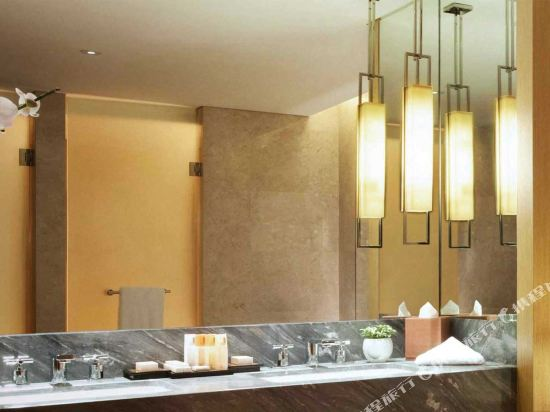 新加坡濱海灣金沙酒店(Marina Bay Sands)港景豪華房