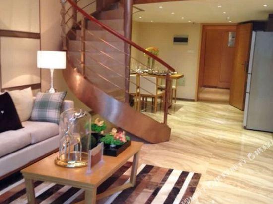 伊蓮·薩維爾國際酒店公寓(廣州珠江新城店)園景Loft復式大床房