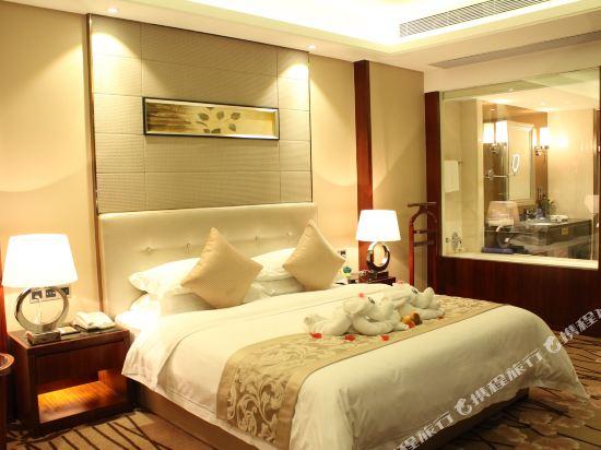 佛山富林朗悅酒店(Longyatt Hotel)豪華套房
