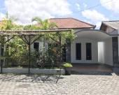 巴厘島阿拉曼達鎮旅館