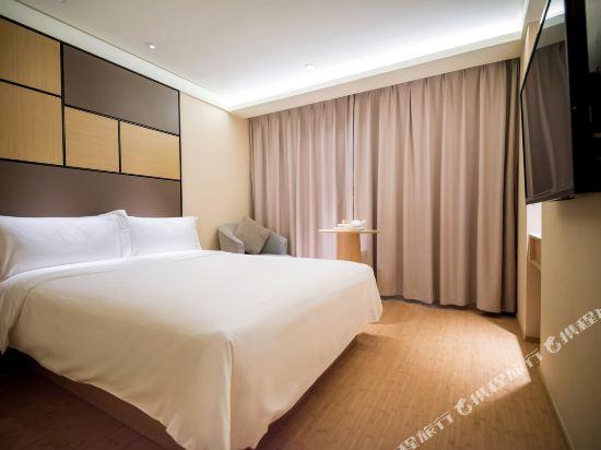 全季酒店(上海虹橋中山西路店)(Hotel(Hongqiao The West of Zhongshan Road Shanghai ))高級大床房