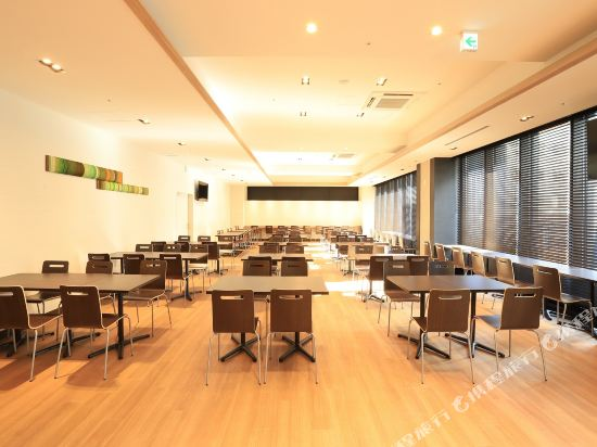 大阪本町微笑尊貴酒店(Smile Hotel Premium Osaka Hommachi)餐廳