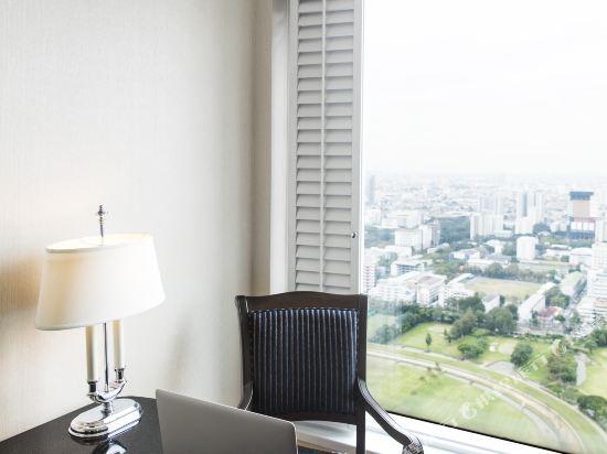 曼谷拉查丹利中心酒店(Grande Centre Point Hotel Ratchadamri Bangkok)三室行政套房