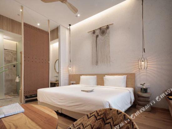 上海浦東機場江鎮亞朵S酒店(Atour S Hotel Shanghai Pudong Airport)幾木大床房