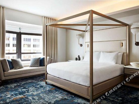 紐約市中心希爾頓酒店(New York Hilton Midtown)總統轉角套房