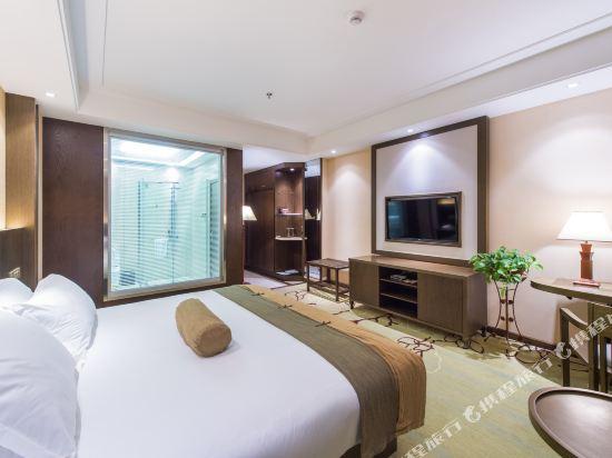 昆明長水機場萬金安酒店(Wan Jin An Hotel)豪華大床房