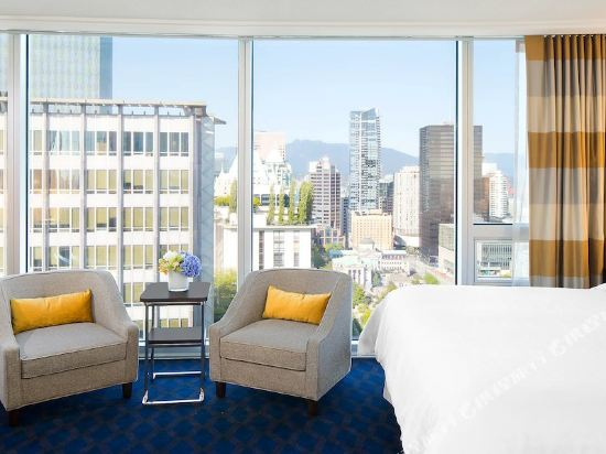 温哥華喜來登華爾中心酒店(Sheraton Vancouver Wall Centre)北塔樓城景高層客房帶一張特大床