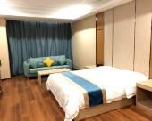 99號假日酒店(銀川寶湖公園店)