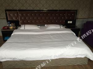 羅江馨居優度酒店