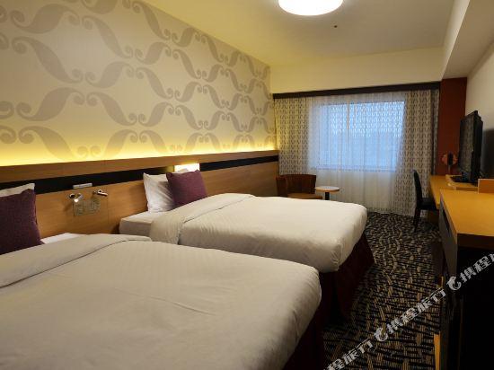 大都會東京城飯店(Hotel Metropolitan Edmont Tokyo)東樓翻新三人床房