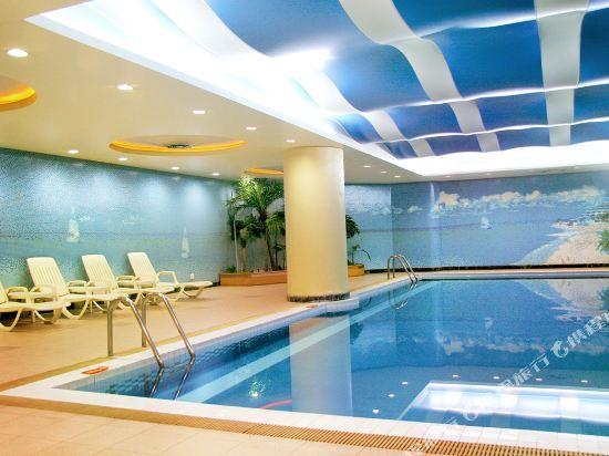 北京京都信苑飯店(Beijing Xinyuan Hotel)室內游泳池
