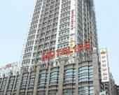 莫泰168(上海外高橋保税區北地鐵站店)