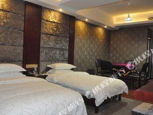 麻陽雙峰假日大酒店