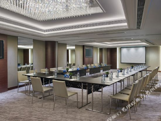 千禧新世界香港酒店(New World Millennium Hong Kong Hotel)會議室