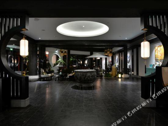 夢景望月精品酒店(昆明南屏步行街店)(Mengjing Wangyue Boutique Hotel (Kunming Nanping Pedestrian Street))大堂吧