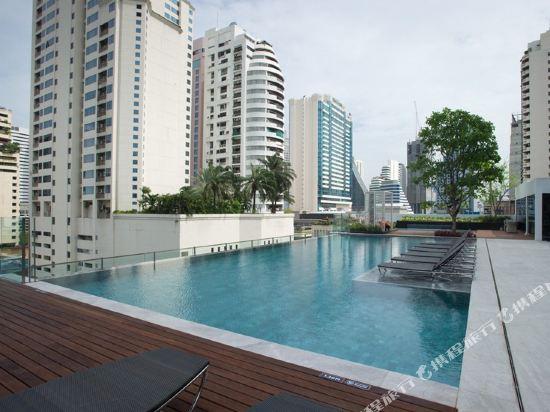 曼谷諾富特素坤逸20號酒店(Novotel Bangkok Sukhumvit 20)室外游泳池
