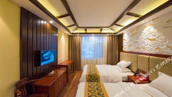 名山 ホテル(タイ-スタイル ビルディング)