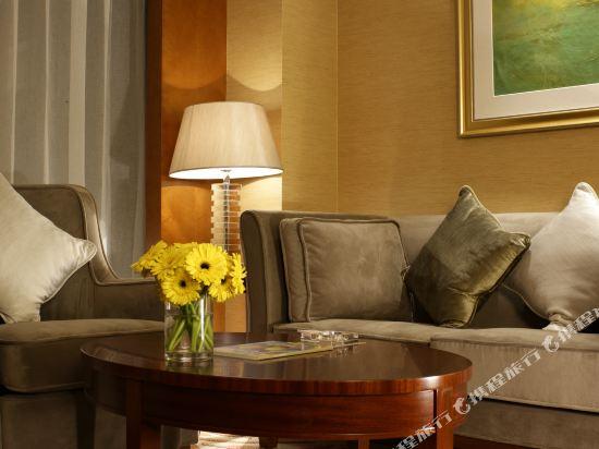 千島湖綠城度假酒店(1000 Island Lake Greentown Resort Hotel)3號樓湖景行政大床房