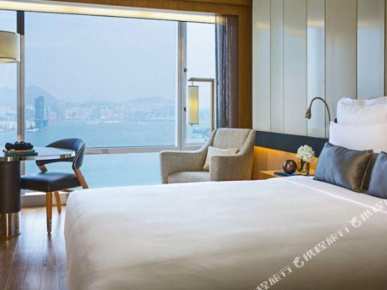 香港萬麗海景酒店(Renaissance Harbour View Hotel Hong Kong)海景連通四人房