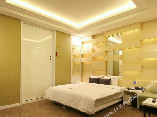 阿瓦高級酒店(Premium Ava Hotel)豪華房