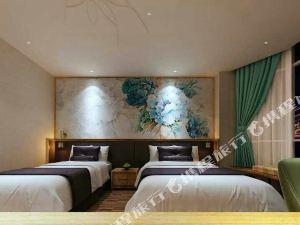 虎躍青云酒店(丹東鴨綠江斷橋店)(原虎躍快捷酒店)