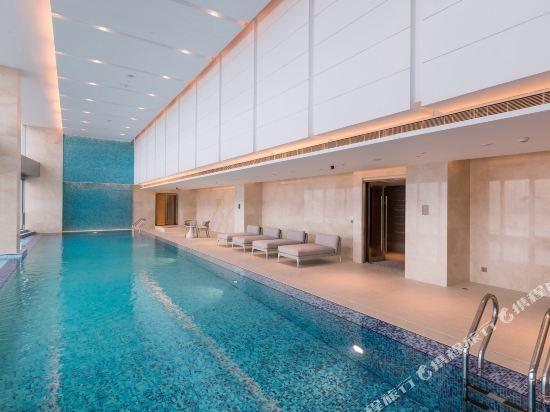 澳門皇冠假日酒店(Crowne Plaza Macau)室內游泳池