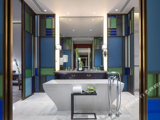 佛山羅浮宮索菲特酒店(Sofitel Foshan)索菲特俱樂部一房一廳套房新中式風格