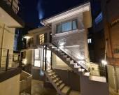莫諾鴻達5號旅館