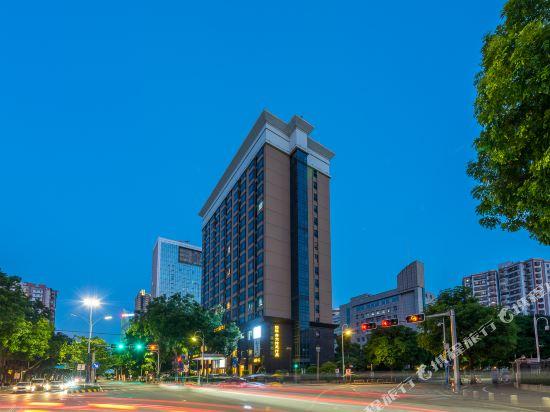 百盛達酒店(佛山千燈湖公園店)(Pasonda Hotel (Foshan Qiandeng Lake Park))外觀