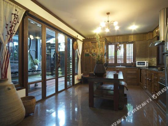 芭雅娜奢華泳池別墅度假村(Payanan Luxury Pool Villa Resort Pattaya)五卧室芭雅娜奢華泳池別墅