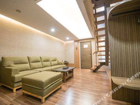 台中隱和旅(INNK Hotel)豪華閣樓套房