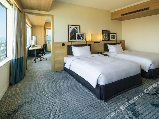 福岡海鷹希爾頓酒店(Hilton Fukuoka Sea Hawk)家庭精緻套房
