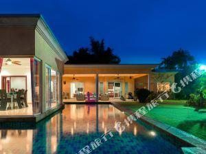驚豔豪華高爾夫泳池別墅(Stunning Luxury Golf and Pool Villa)