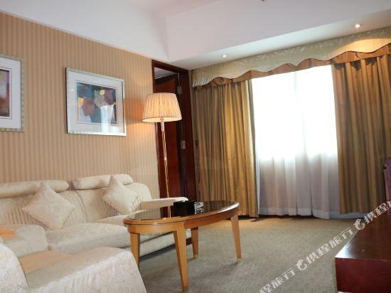 東莞富盈酒店(Cinese Hotel Dongguan)標準套房