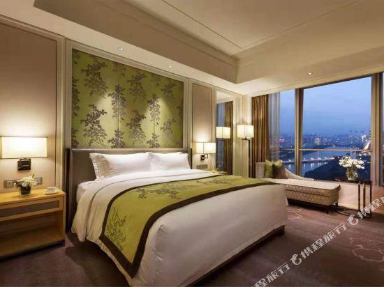 昆明陽光大酒店(原伴山境悅觀景酒店)(Yang Guang Da Jiu Dian)伴山觀景大床房