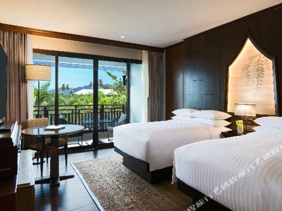 普吉島萬豪奈陽海灘水療度假村(Phuket Marriott Resort and Spa, Nai Yang Beach)至尊池景房
