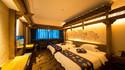 梦醉湘西墙绘双床房